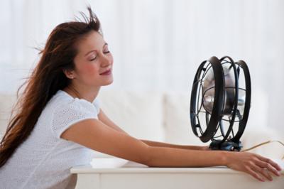 Cách sử dụng máy lạnh hiệu quả tránh bị cảm