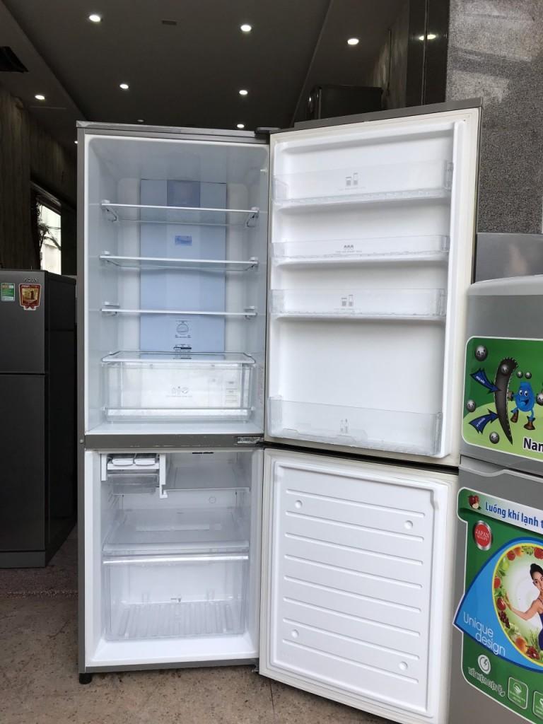 Tủ Lạnh SANYO 270L CAO CẤP NGĂN ĐÁ DƯỚI